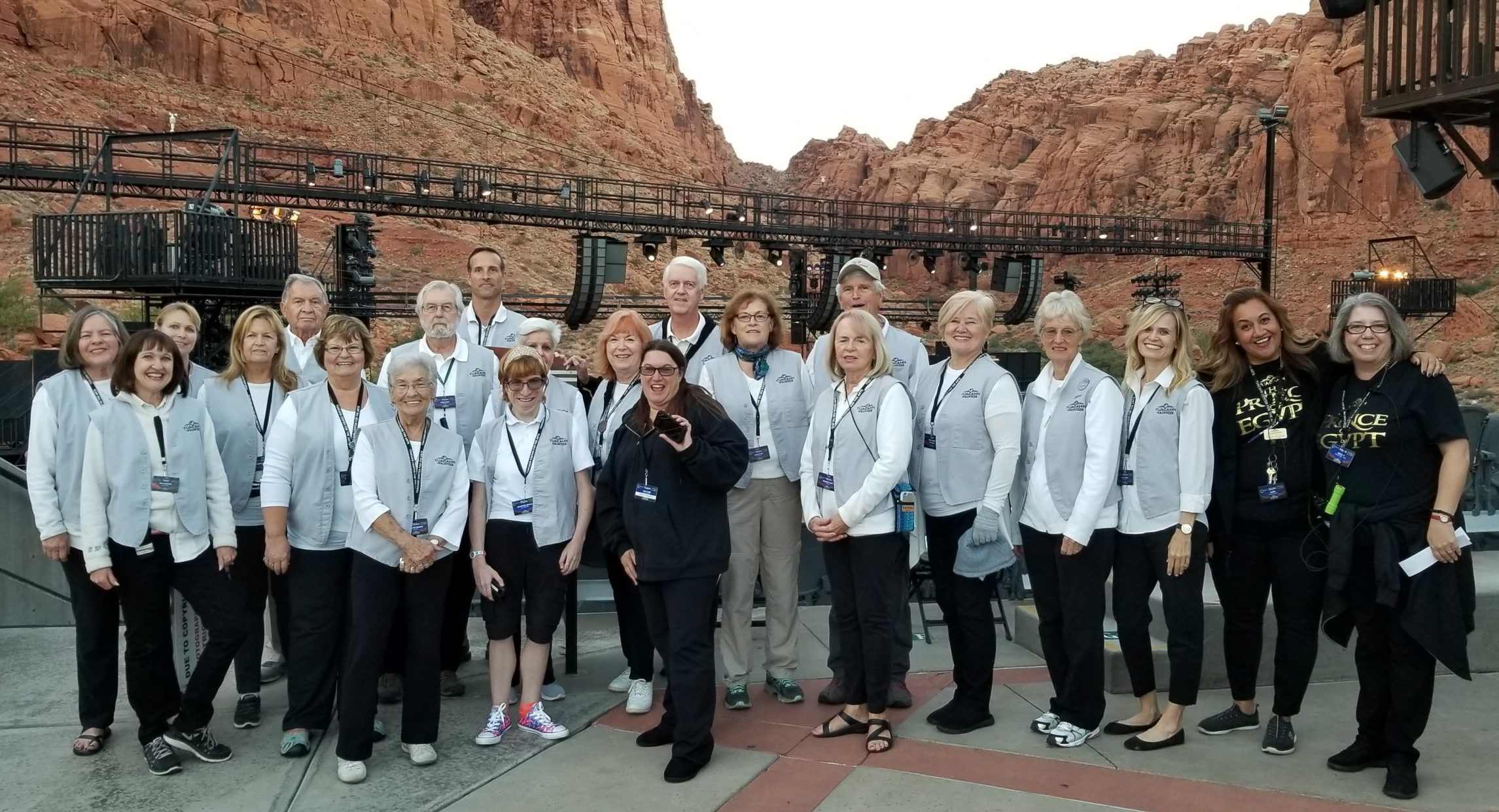 volunteer group photo in amphitheater