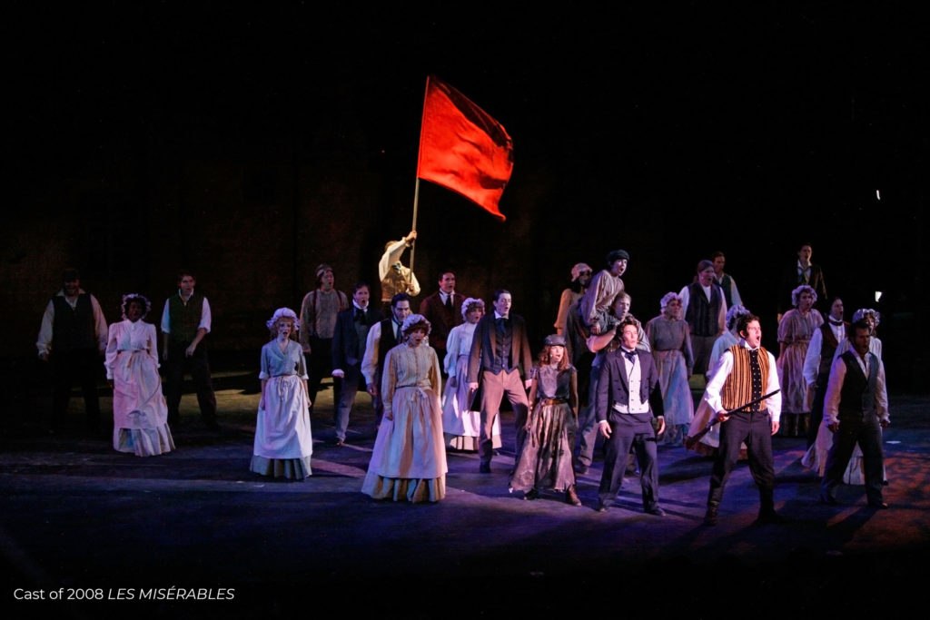 Cast of Les Miserables from 2018